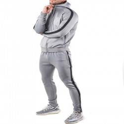 Wholesale sport winter suits 100% tracksuit fabric jogging suits men blank plain black tracksuit
